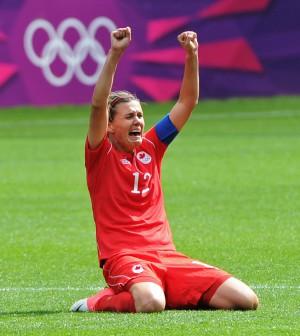 0810-oly-johnson-soccer16499.jpg