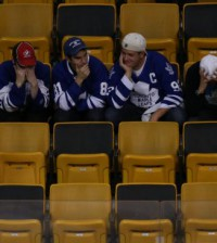 toronto_maple_leafs_fans.jpg.size.xxlarge.promo