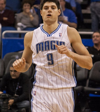 Nikola_Vucevic_Washington_at_Orlando_2012