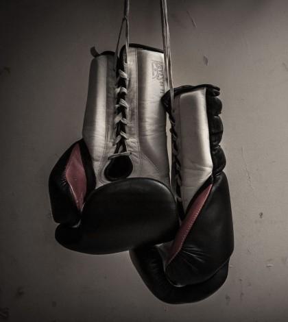 Boxing-Gloves-Wallpaper-Widescreen