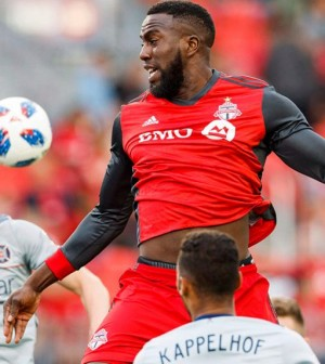 MLS-Jozy-Altidore-playing-Chicago-Fire-1040x572