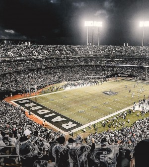 Raiders-news-Team-is-close-to-securing-a-deal-to-continue-playing-at-Oakland-Coliseum-in-2019-and-possibly-2020